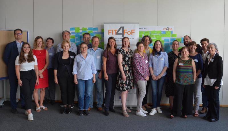 Family_portrait_meeting_Karlsruhe